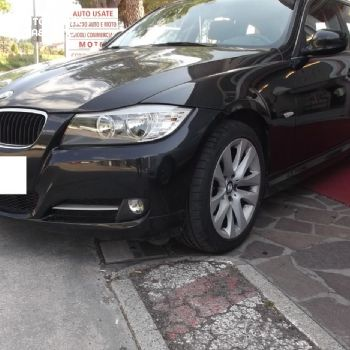 BMW 320 STATION WAGON 2011